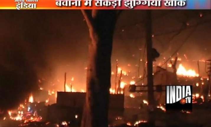 hundreds of slums gutted in bawana delhi two persons injured
