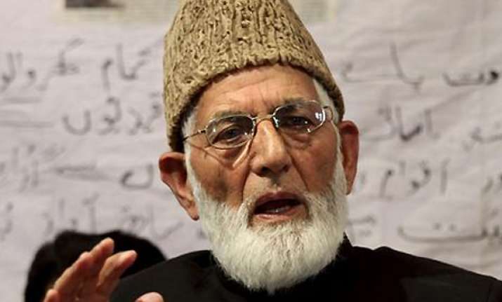 hurriyat leader geelani questioned in let militant s visa