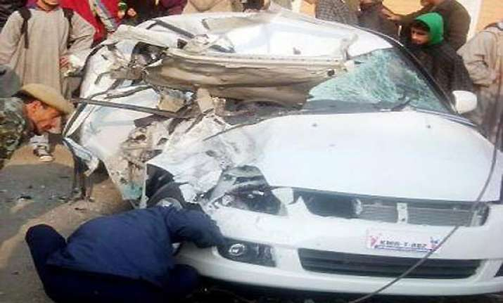 ias officer wife killed in ladakh road accident