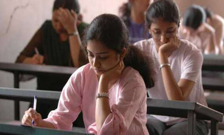 results of iit jee announced only five girls make it to top