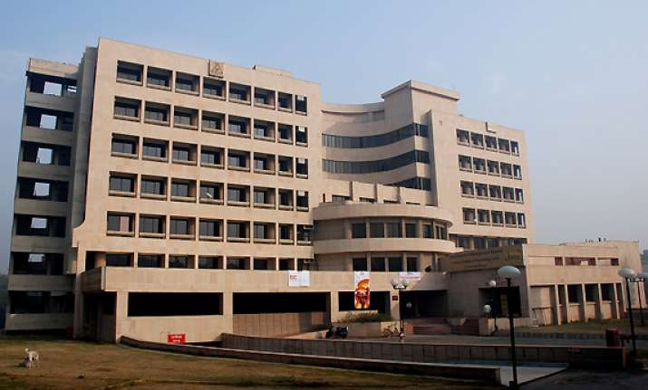 iit student suicide case fact finding panel closes file