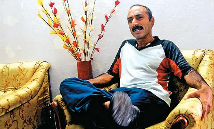 ips officer sanjiv bhatt accuses sit of bias