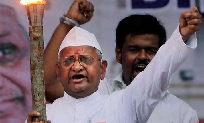 i am ready to die let them make me a target says anna hazare