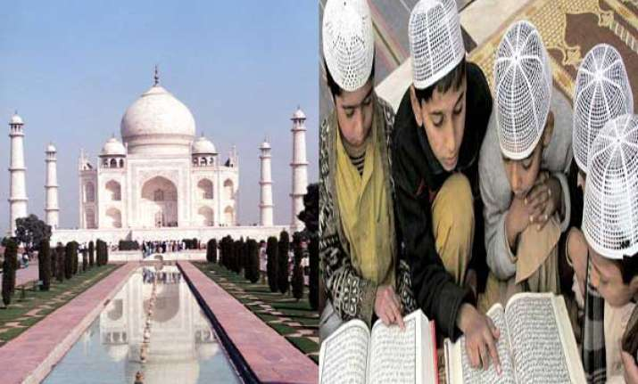 in pakistan students are being taught taj mahal is pakistani