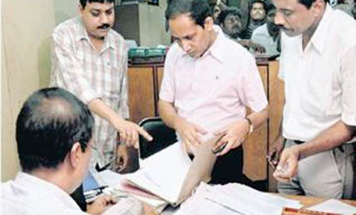 income tax dept to publish names of tax defaulters