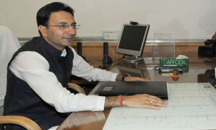 india britain sign mous on education