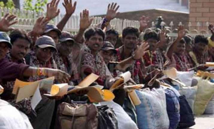 india releases 21 pakistani prisoners