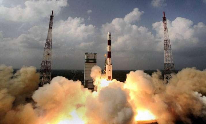 india s mars orbiter spacecraft to enter red planet s orbit