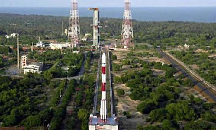 india s october 28 mars mission on schedule isro