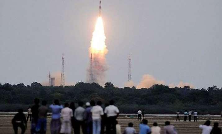indian rocket successfully puts seven satellites in orbit