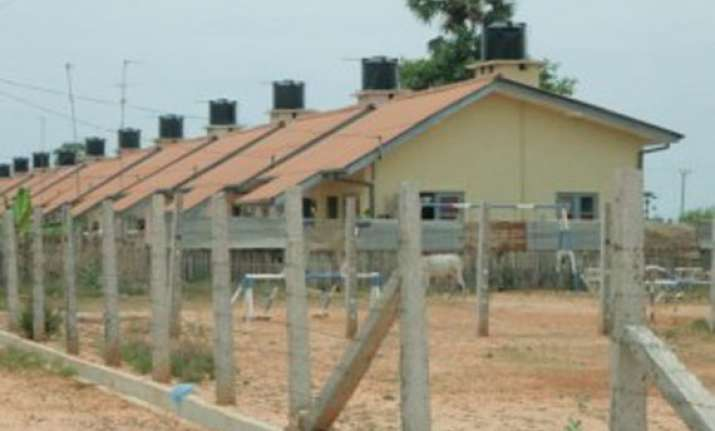 india to build 16 000 houses in northern province of sri