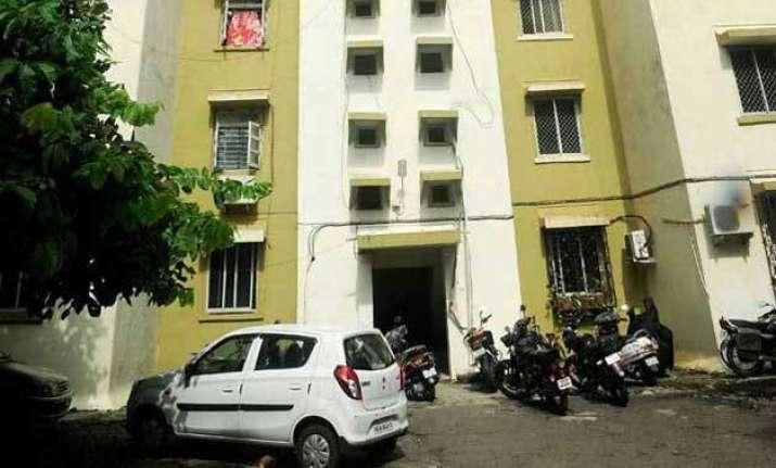 now marathi man denied flat by builder in mumbai