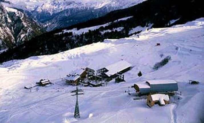 relief work begins in snow storm hit uttarakhand towns