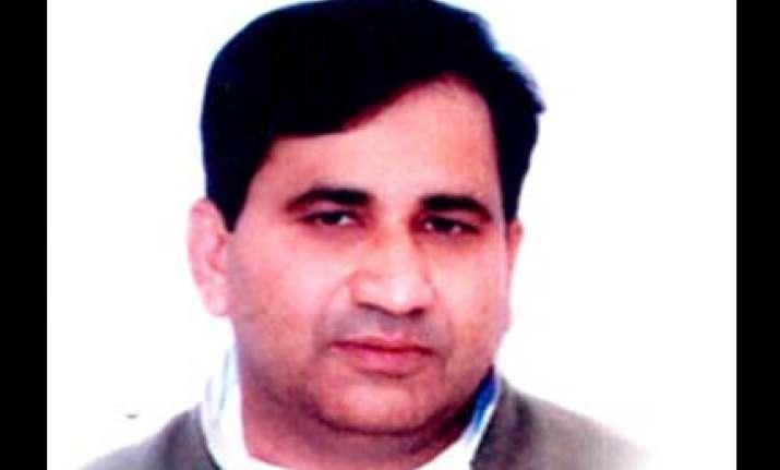 congress questions bjp silence on yeddyurappa