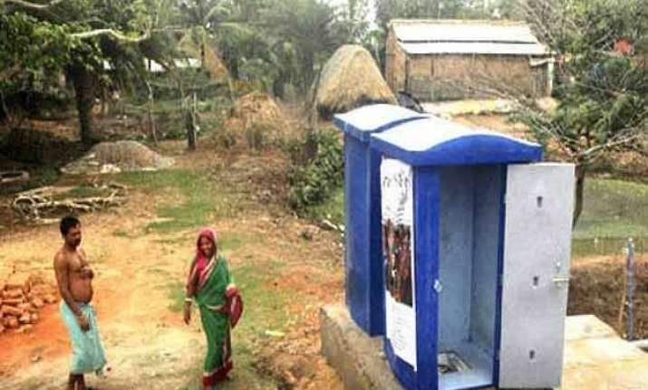 west bengal wall of shame to stop open defecation