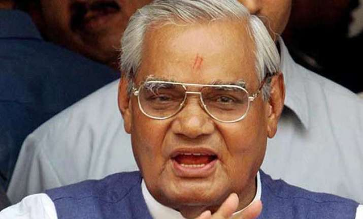 president to visit vajpayee s residence to confer bharat