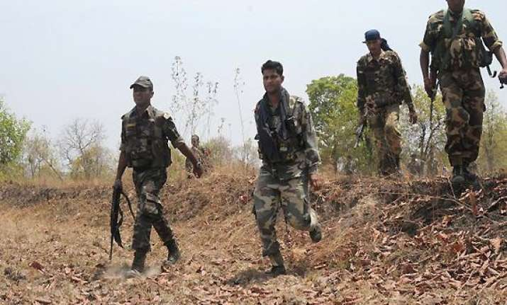 woman among four naxals surrender in chhattisgarh