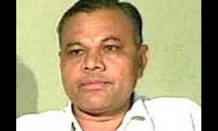 former gujarat minister zadafia appears before sit