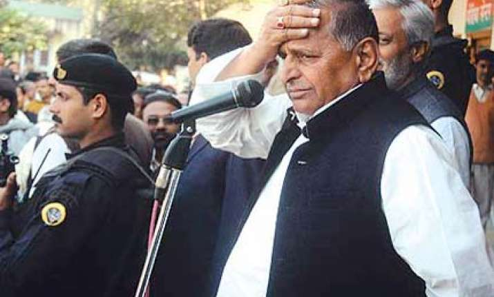 women s bill won t let a male be elected to ls says mulayam