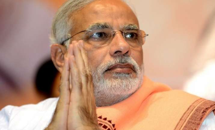 pm assures andhra pradesh cm of all support as hudhud