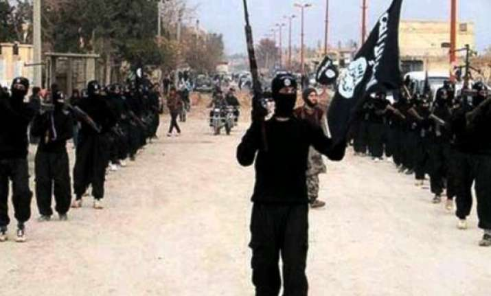 protesters again display isis flags in kashmir valley