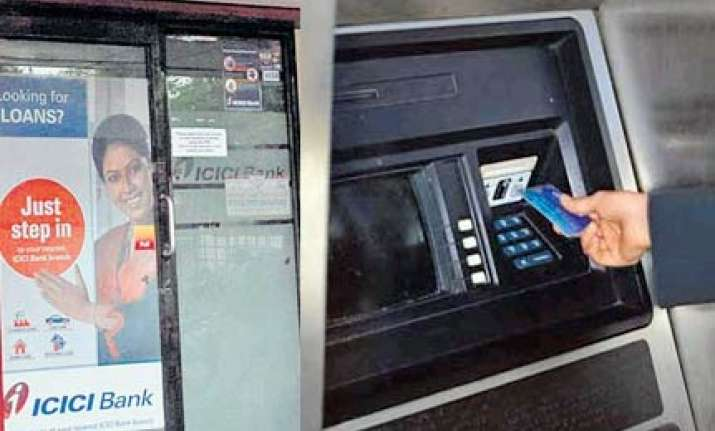 icici atm dispensed rs 100 in place of rs 500 notes