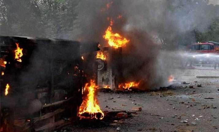 malda effect protesters attack police station in purnea