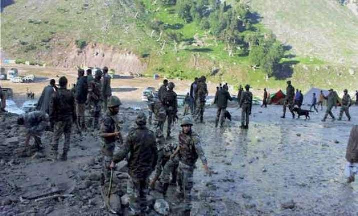 cloudburst near amarnath base camp leaves 3 dead