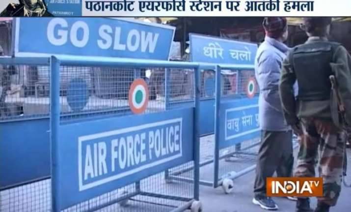 pathankot gunbattle ends 3 iaf men martyred all 5 militants