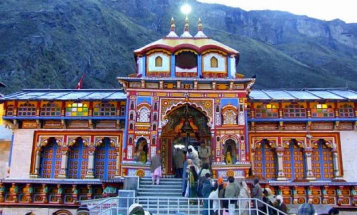 badrinath temple to close for winter on november 27