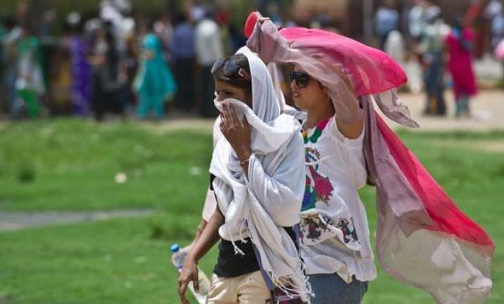 india reeling under world s 5th deadliest heat wave death