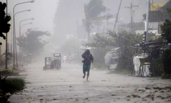 atleast 21 killed after heavy rain and thunderstorm in up