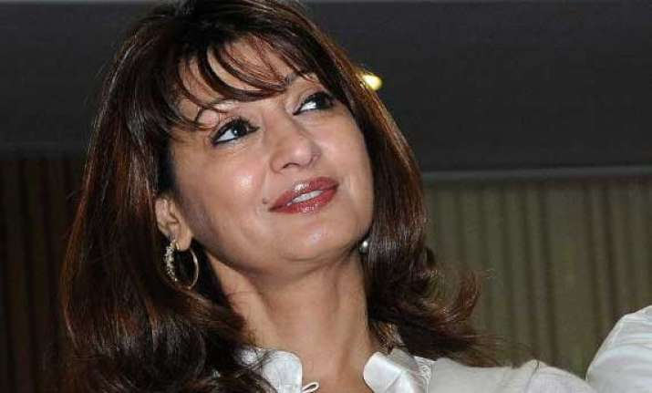 sunanda s son wants speedy end to inquiry into her death