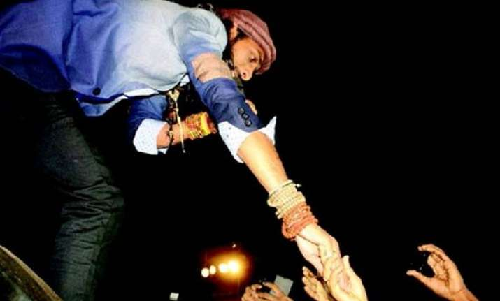winner of india s raw star rituraj gets frenzied ovation in