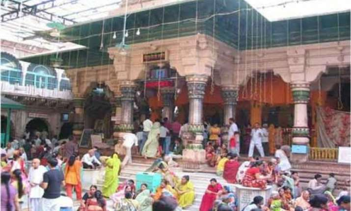 lakhs of pilgrims visit braj bhoomi on new year
