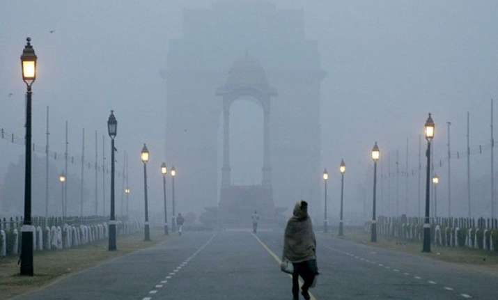 dense fog envelopes delhi 60 trains delayed