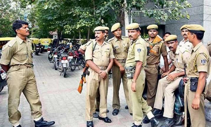 thirty three people arrested for rioting in east delhi s