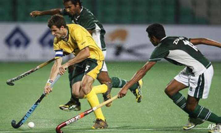 sa crush pakistan s semifinal dreams