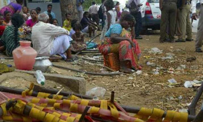 five sleeping labourers crushed to death by truck on