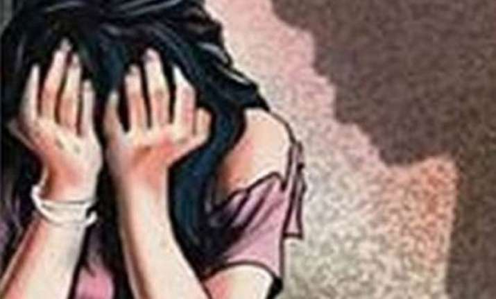 pizza delivery boy arrested for molesting minor girl