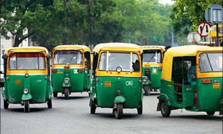 psv badge mandatory for auto drivers in delhi
