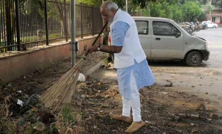 unicef offers support to narendra modi s ambitious swachh