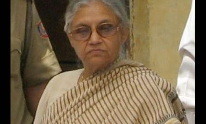 don t allow honour killings sheila tells delhi police