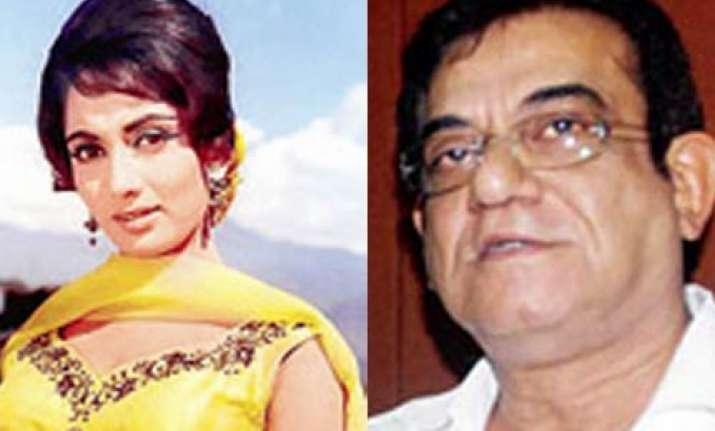 mumbai builder wife arrested for threatening sadhana