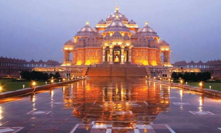 ngt imposes fine on delhi s akshardham temple
