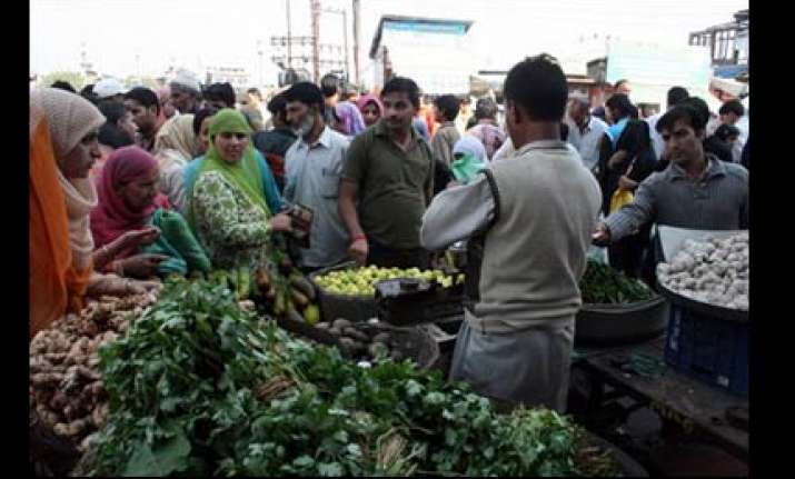 srinagar s flea market comes to life after over a month