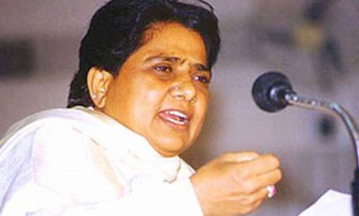 deal with farmers problems on priority mayawati to officials