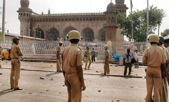 mecca masjid blast accused sent to 10 day cbi remand