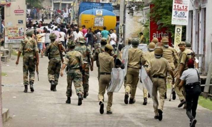 10 injured in clash over eve teasing