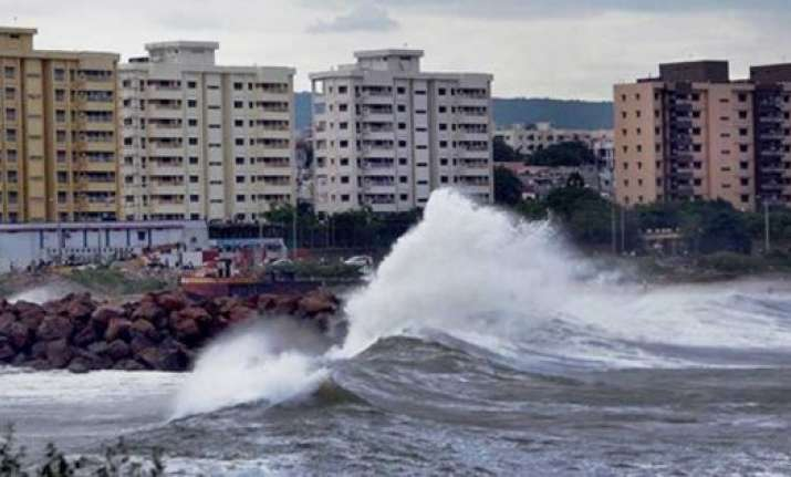 death toll rises to 50 in hudhud hit andhra pradesh 3 still